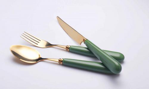 Ceramic handle cutlery set  (1)