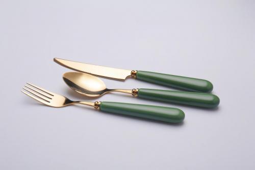 Ceramic handle cutlery set  (2)